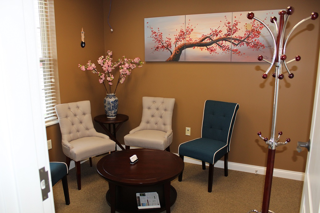 Cincinnati Acupuncture Clinic Reception Area